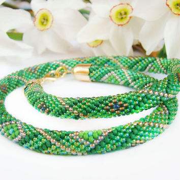 Green and gold necklace Crochet bead rope Geometric pattern Colored necklace Ethnic necklace Women gift Green rope Crochet jewelry Seed bead