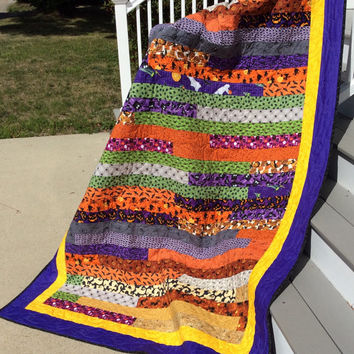 Halloween Quilt, Jelly Roll Race Quilt, 100% Cotton, 61 X 88 Inches, Twin Size Quilt, Quiltsy Handmade,