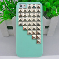 iPhone 5 hard Case Cover with silver pyramid stud For iPhone 5 Case, iPhone hand case cover  -269