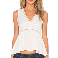V Neck Hi- Low Top in Sugarcane