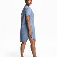 H&M H&M+ V-neck Jersey Tunic $24.99
