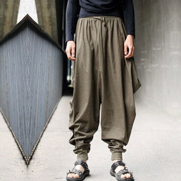 Low Drop Crotch Loose Fit Harem Baggy Hakama Capri Cropped Linen Pants Trousers Men trousers Japanese Samurai Style Boho Casual