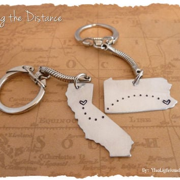 Map Key Chain - USA - State - Place to Place - Long Distance Love or Friendship