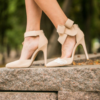 Nude Wedding Heels, Bridal Shoes, Nude Heels, Wedding Shoes, Bridal Heels, Bridesmaid Heels, Pumps, High Heels with Ivory Lace. US Size 7.5