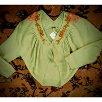 Free People - embroidered crop sweater - size medium -.