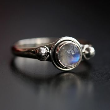 Shop Dixi Boho Ring | Sterling Silver Rainbow Moonstone Boho Ring