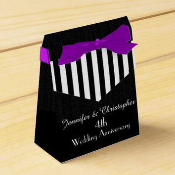 4th Anniversary Favor Box, Black & White Stripes Favor Box