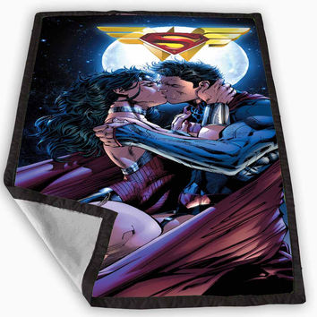 Superman and wonder woman romantic Blanket for Kids Blanket, Fleece Blanket Cute and Awesome Blanket for your bedding, Blanket fleece **