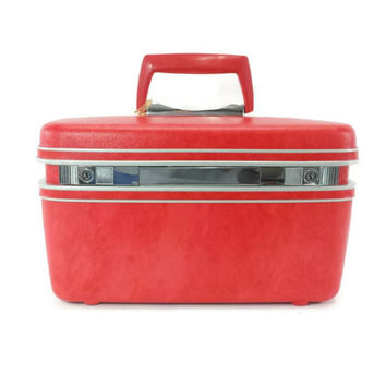 Vintage Makeup Beauty Train Case, Keys and Tray, Retro Red Pink Luggage, Samsonite Silhouette, Carry On Suitcase, Travel, Vacation, Hardside