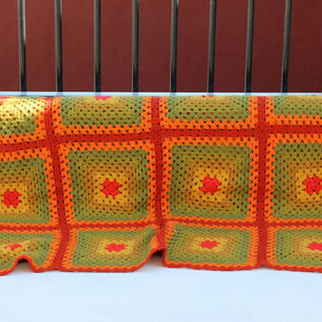 Vtg 70's groovy crochet blanket afghan handmade green orange granny square throw