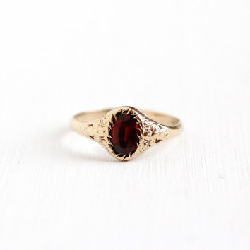 Antique 10k Rosy Yellow Gold Garnet Flower Ring - Early 1900s Edwardian Art Deco Size 3 1/2 Red Gemstone Pinky Fine Floral Jewelry