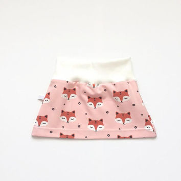 Organic baby or toddler skirt with sleepy foxes. White waist band. Sizes 3 Months - 4T. Peach girl's skirt, small skirt.