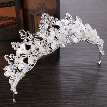 Snow Belle - Luxury Handmade Crystal Shell Tiara