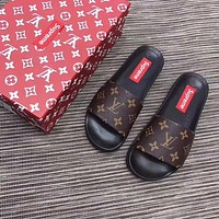 Louis Vuitton X Supreme Women Men Flip Flop sandal LV