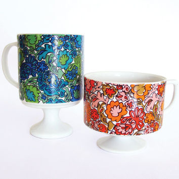 60s Flower Power Pedestal Coffee Mugs