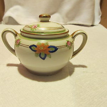 HAND PAINTED VINTAGE NIPPON SUGAR BOWL WITH LID