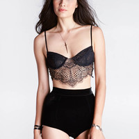 Bat-Your-Lashes Underwire Bra