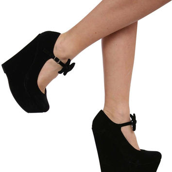 Ivy Wedge Bow Detail Shoe in Black