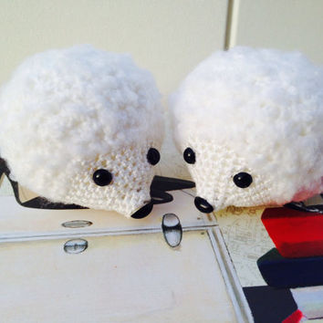 a pair of handmade hedgehogs amigurumi/Cake topper hedgehogs/ Couple of hedgehogs male and female