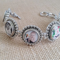 Custom Photo Jewelry Bracelet Round Link Bracelet with 5 Interchangeable Snap In Photo Charms. Snap Jewelry Handmade jewelry gifts for her