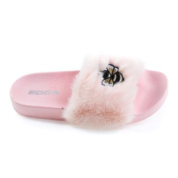 Bee2 Lt Pink Children Girls Bee Embroidered Patch, Faux Fur Slip On Slippers. Kid Shoe