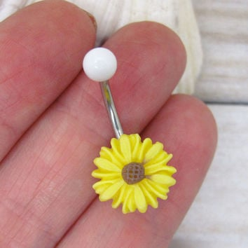 Yellow cute daisy belly boutton rings, flower bellyring, flower belly button ring , flower belly ring ,belly button piercing,unique gift