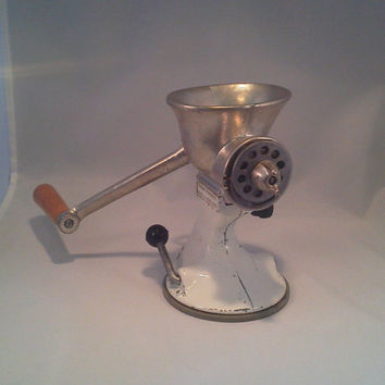 Meat Mincer, Grinder, Spong and Co. Ltd. Basildon, England, cast iron Food Mincer, Patent No. 850035
