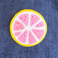 Sew on patch | Grapefruit patch | Sew on grapefruit patch | Hand made patch | Hand painted patch | Patch | Grapefruit Slice