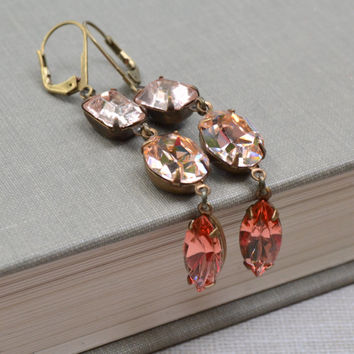 Ombre Peach Earrings Peach Rhinestone Lever Back Antique Brass Vintage Rhinestone Peach and Pink Earrings Hollywood Glam Bridal Jewelry