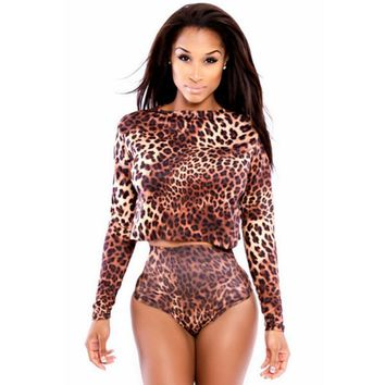 The new lady two-piece swimsuit round neck long sleeve leopard print long fission swimsuit