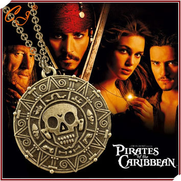 European and American Movie Pirates of the Caribbean Necklace Skulls The Aztec Gold COINS