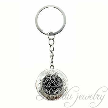 Locket Pendant Key Chain Ring Vintage Baphomet Pendant Glass Dome Pentagram Key Chains Satanism Wiccan Jewelry Occult Keychains