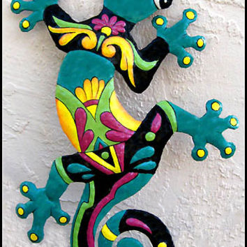 "Painted Metal Gecko Wall Hanging -Metal Wall Art -  Tropical Metal Art Wall Decor  - Outdoor Garden Decor - 24"" Gecko Wall Art - M-402-TQ-24"