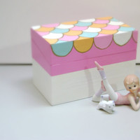 Decorative Box Pastel Scallops Fairytale Little by MissSarahMac