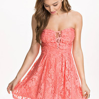 Heartshaped Lace Dress, NLY Blush