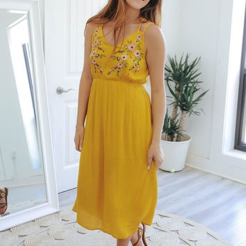 Walking On Sunshine Midi Dress