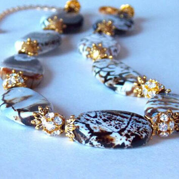 Crackle Agate Amber Gold Crystal Necklace