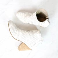 sbicca - parkman woven leather booties - white