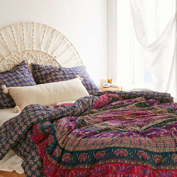 Magical Thinking Harper Medallion Comforter - Urban Outfitters