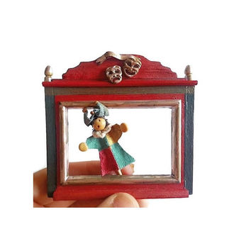 Miniature theater and puppets / dollhouse 1:12 scale toy store / Roombox decoration miniature / scale one inch miniature / mini marionette