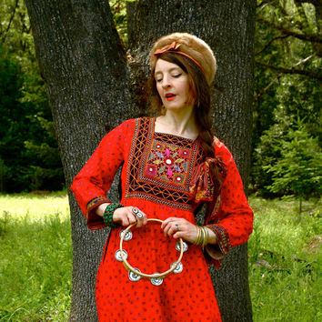 Size S/M... 1970s Gypsy Maxidress Dress... 70s Red Boho Maxi Dress... CARAVAN A COMING