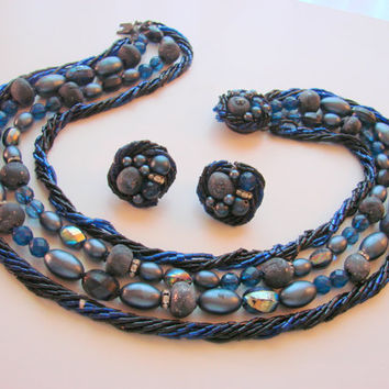 50s Vintage Navy Blue Bib Necklace & Matching Earrings