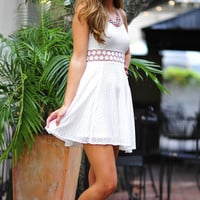 Pretty Like Pippa Dress: White | Hope's