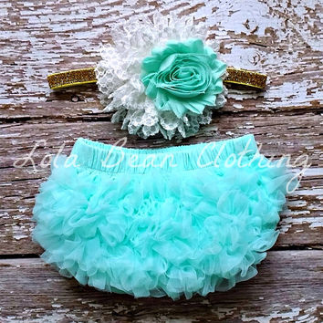 READY TO SHIP Baby Girl Bloomers Ruffle Diaper Cover White Mint Headband Set 0 3 months Photography Prop Newborn Take home outfit