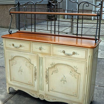Brand New Ethan Allen Buffet with Bakers Rack
