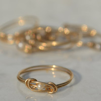 Jewelry Hand Made Love Knot Wire Ring - 14 Karat Gold filled wire with White Bead Vintage