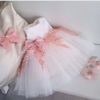 Sleeveless  Floor-Length Flower Girl Dresses with Bow Pearls 2016 Tank Tulle Flower Girl Dresses Kids Dress for Formal Party