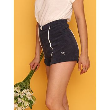 COUNSELOR SHORTS