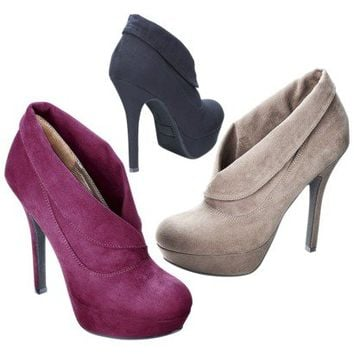 Women's Mossimo® Vira Shootie - Assorted Colors
