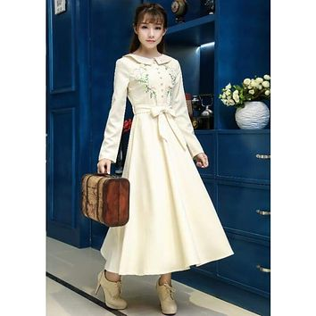 Ivory Vintage Style High Quality Peter Pan Collar Button Embroidery Long Sleeve Midi Dress